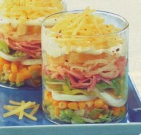 Käse-Schichtsalat - Rezept