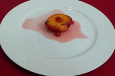 Karamellisierte Pfirsiche mit Vanille-Amaretto - Rezept