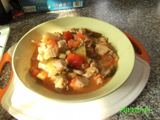 Putengulasch mit Zucchini - Rezept - Bild Nr. 6