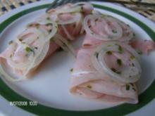 Zwiebelfleischröllchen sauer angemacht - Rezept