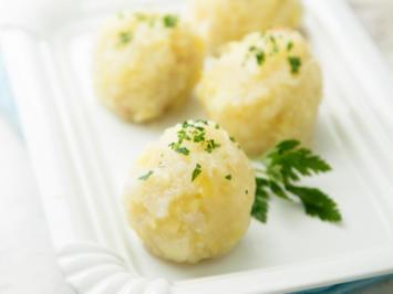 Rezept: Klöße aus Kartoffelbrei Rest