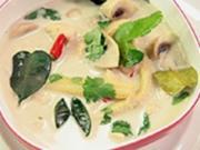 asiatische Hühnersuppe mit Kokusmilch - Rezept