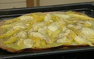 Rezept: Mango-Avocado-Mozzarella-Pizza