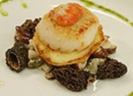gebackene Jakobsmuschel auf warmen Pilzsalat auf Kartoffelcreps - Rezept