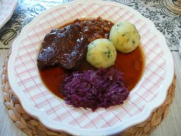 Rind : Schnitzel vom Rind in Rotweinsoße - Rezept