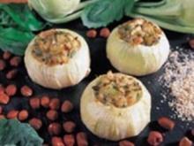 Gefüllte Kohlrabi mit Haselnüssen - Rezept