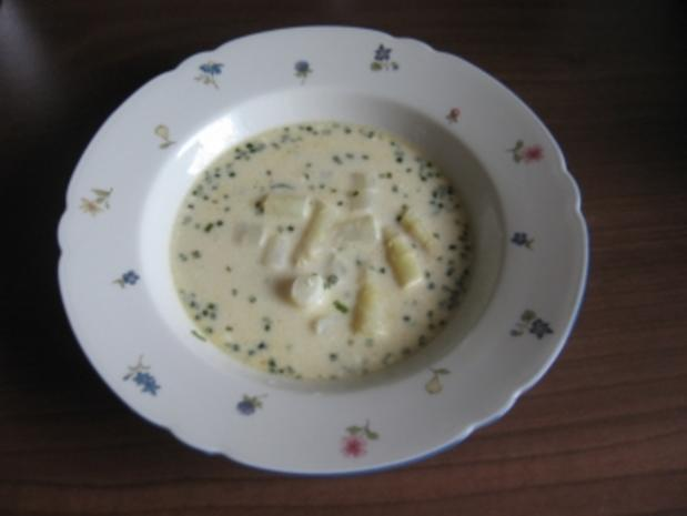 Weisse Gold Suppe (Spagelcremesuppe) - Rezept