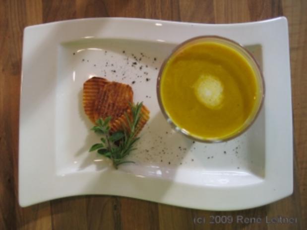Rote Rüben / Karotten Cremsuppe an Kreuterchips - Rezept - Bild Nr. 2