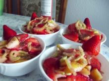Würziger Erdbeersalat - Rezept
