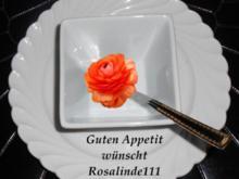 Erdbeer-Rhabarber-Grütze mit Vanilleeis - Rezept