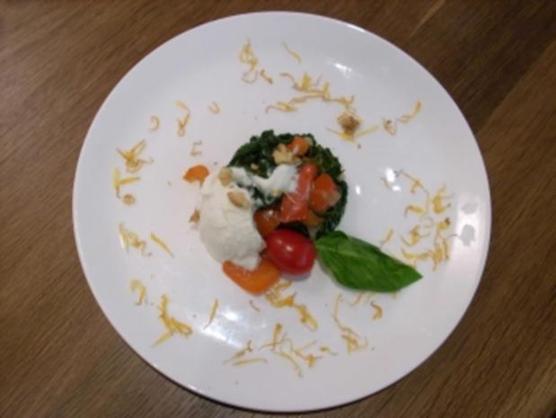 Spinat-Paprika-Rendezvouz mit Feta und Ricotta - Rezept