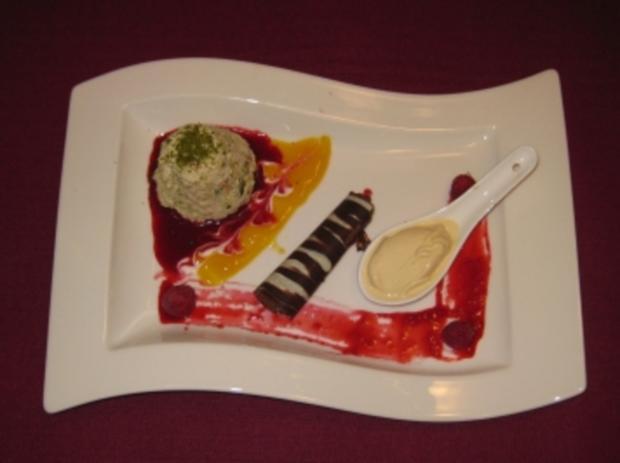 Orientalisches Milchreis-Soufflee, Honigeis und Schokoröllchen - Rezept