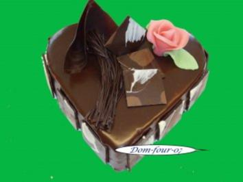 Herztorte zum Muttertag 18x20cm, mit Vanillebuttercreme - Rezept