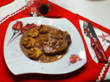 Rinderfilet in Bratapfelkruste mit Weihnachtssauce - Rezept