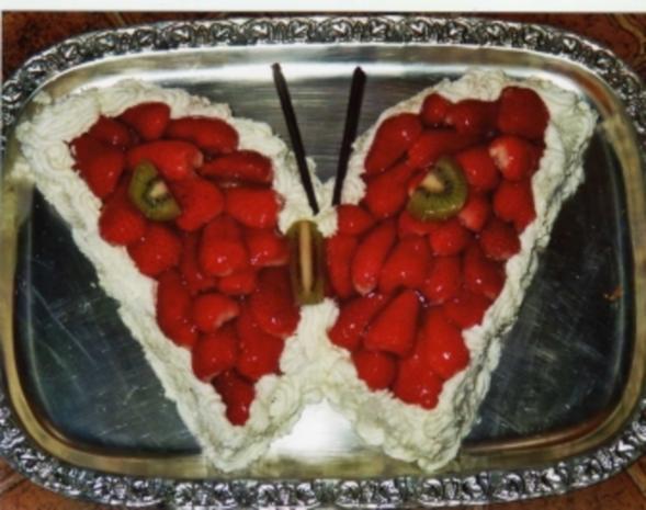 Bisquit-Erdbeer-Schmetterling - Rezept