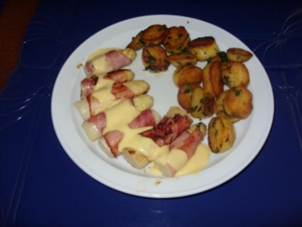 Gebratener Spargel im Schinkenmantel und Bratkartoffeln - Rezept - Bild Nr. 4