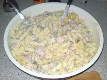 klassischer Nudelsalat nach Papa´s Art - Rezept