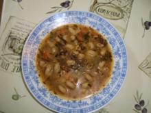 Karottensuppe - Nudelsuppe mit roten Zwiebeln - Rezept