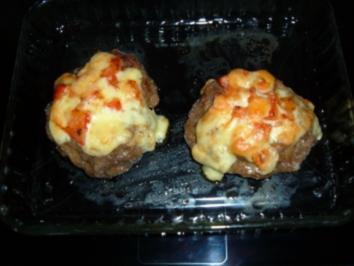 Hack......Hackfleischnester mit Gouda und Tomaten - Rezept
