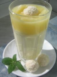 Kokos-Quark- Creme mit Ananassoße - Rezept