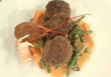Deutsches Beefsteak mit Leipziger Allerlei a la Henze - Rezept