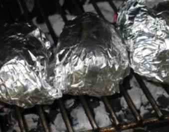 Folienkartoffeln lecker gewürzt - Rezept