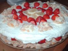 Erdbeer-Bananen-Crunch-Torte - Rezept