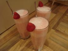 Getränke - kalt - Gespritzte Erdbeermilch - Rezept