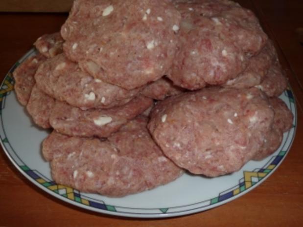Manu's Buletten mit Schafskäse - Rezept - Bild Nr. 8