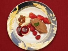 Mandeleis, Mousse au Chocolat und Panna Cotta mit Himbeersoße  (Gülcan und Petra Kamps) - Rezept