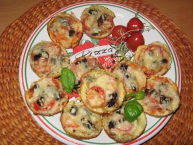 Pizza-Minis aus Blitzteig - Rezept