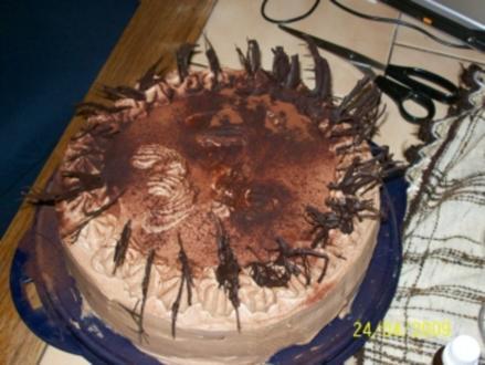 Schokosahne torte mit Kirschen - Rezept