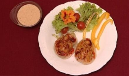 Die Steppenoase - Manti mit Salat (Thomas und Helene Enns) - Rezept