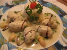 Geflügelnockeln in einer Sauce mit frischen Spargel , Erbsen & Butterreistimbale - Rezept