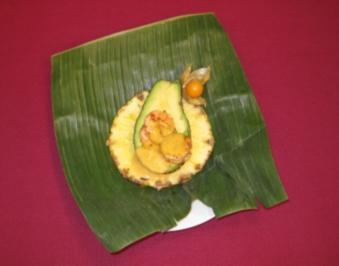 Avocado-Shrimps-Cocktail auf Bananenblatt - Rezept