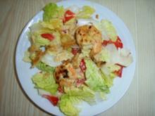 Marinierte Garnelen auf Kopfsalat mit Tomaten - Rezept