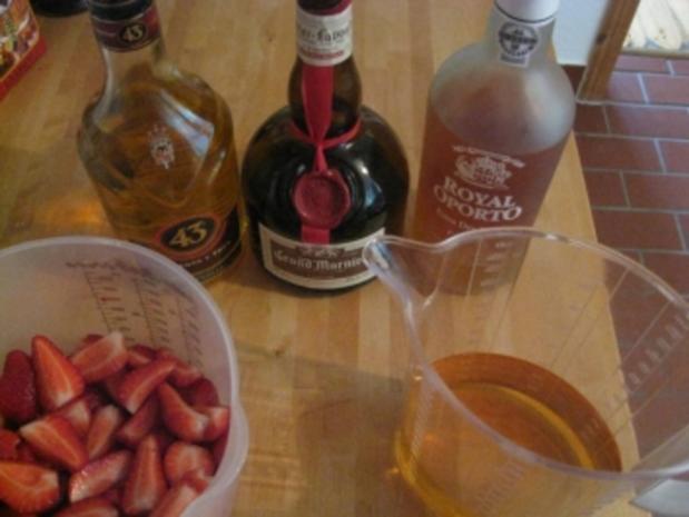 Leckere Altbierbowle mit frischen Erdbeeren - Rezept - Bild Nr. 2