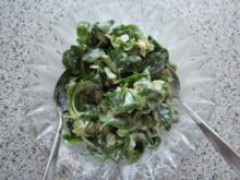 Saure Sahne trifft Ackersalat - Rezept