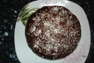 Raffaello-Schoko-Rotweinkuchen - Rezept