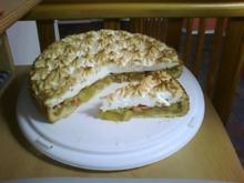 Rhabarberkuchen mit Baiserhaube - Rezept