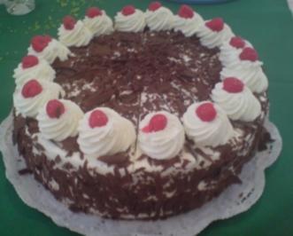Schwarzwälder Kirsch-Torte - Rezept - Bild Nr. 2