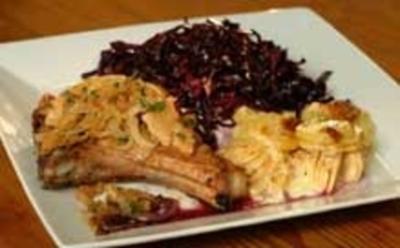 Kotelette mit Zwiebelkruste, Apfel-Kartoffel-Gratin - Rezept - Bild Nr. 9