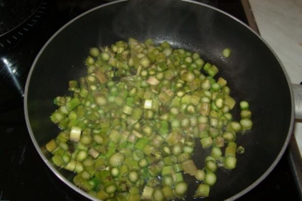 Grüner Spargel mit Ei - Rezept - Bild Nr. 2