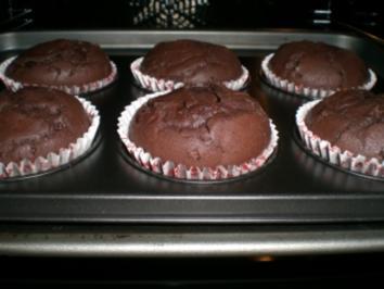 schokoladige schokoladen muffins rezept. Black Bedroom Furniture Sets. Home Design Ideas