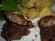 Hühnerleber in Nusskruste mit Bratkartoffel-Apfel-Pfanne - Rezept