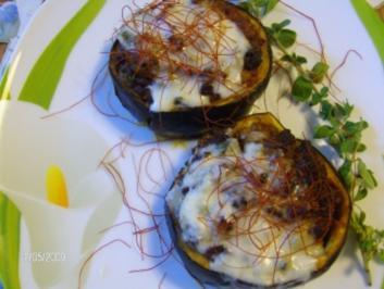 Auberginenringe gefüllt und mit Gorgonzola überbacken - Rezept