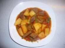 Kikis Kartoffel-Paprika-Rindergulasch - Rezept