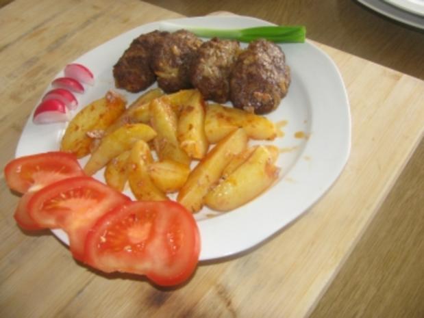 Patatesli Köfte  -  Kartoffel und Frikadelle im Backofen - Rezept