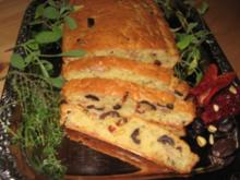 Schneller Tomaten-Oliven-Fladen - Rezept