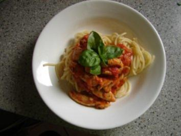 ...sahnige Hähnchen-Tomaten-Sauce - Rezept